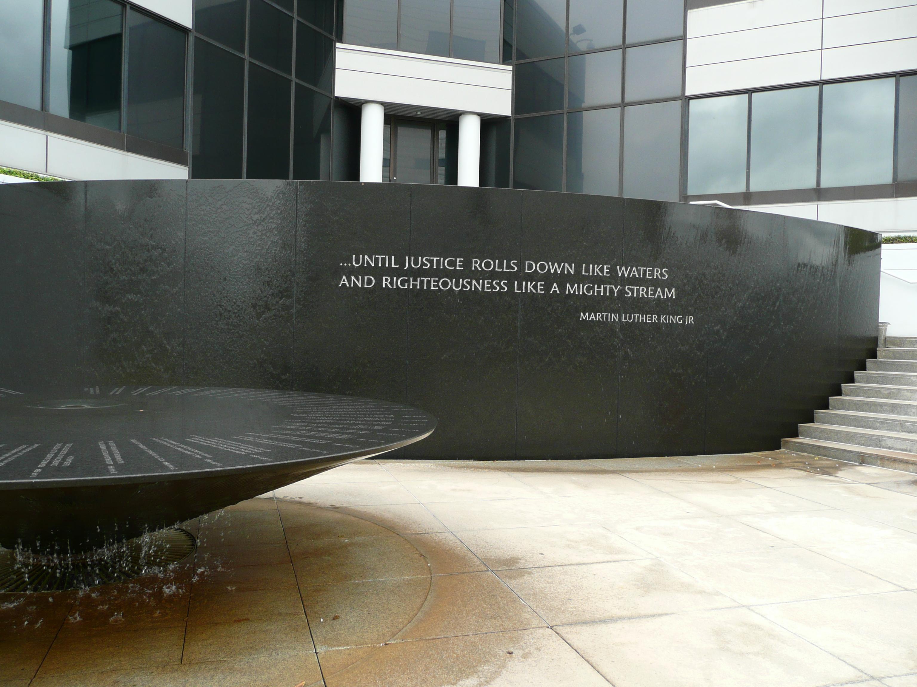 The_Civil_Rights_Memorial,_Montgomery,_AL[1]